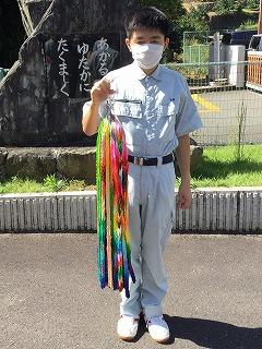 広島の折鶴:平和の折り鶴をミキサーにかけて竹紙として再生